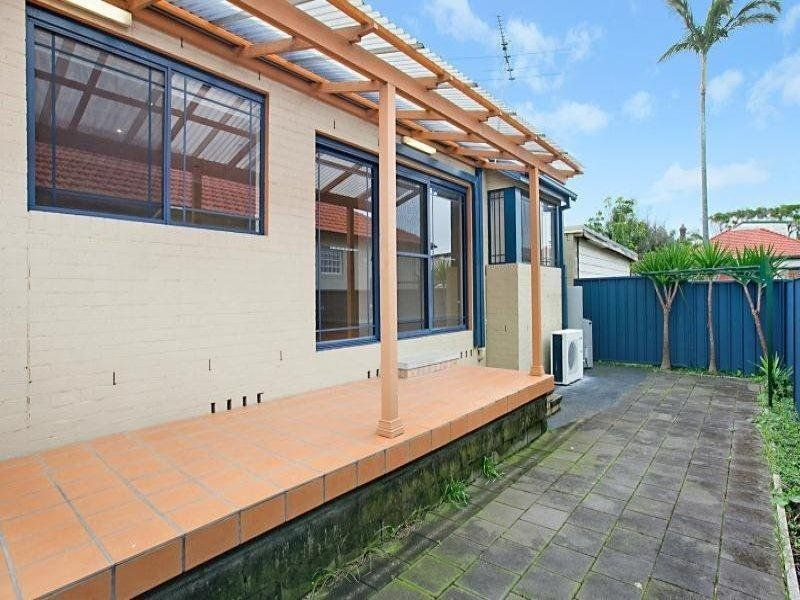 2/224 Glebe Road, MEREWETHER