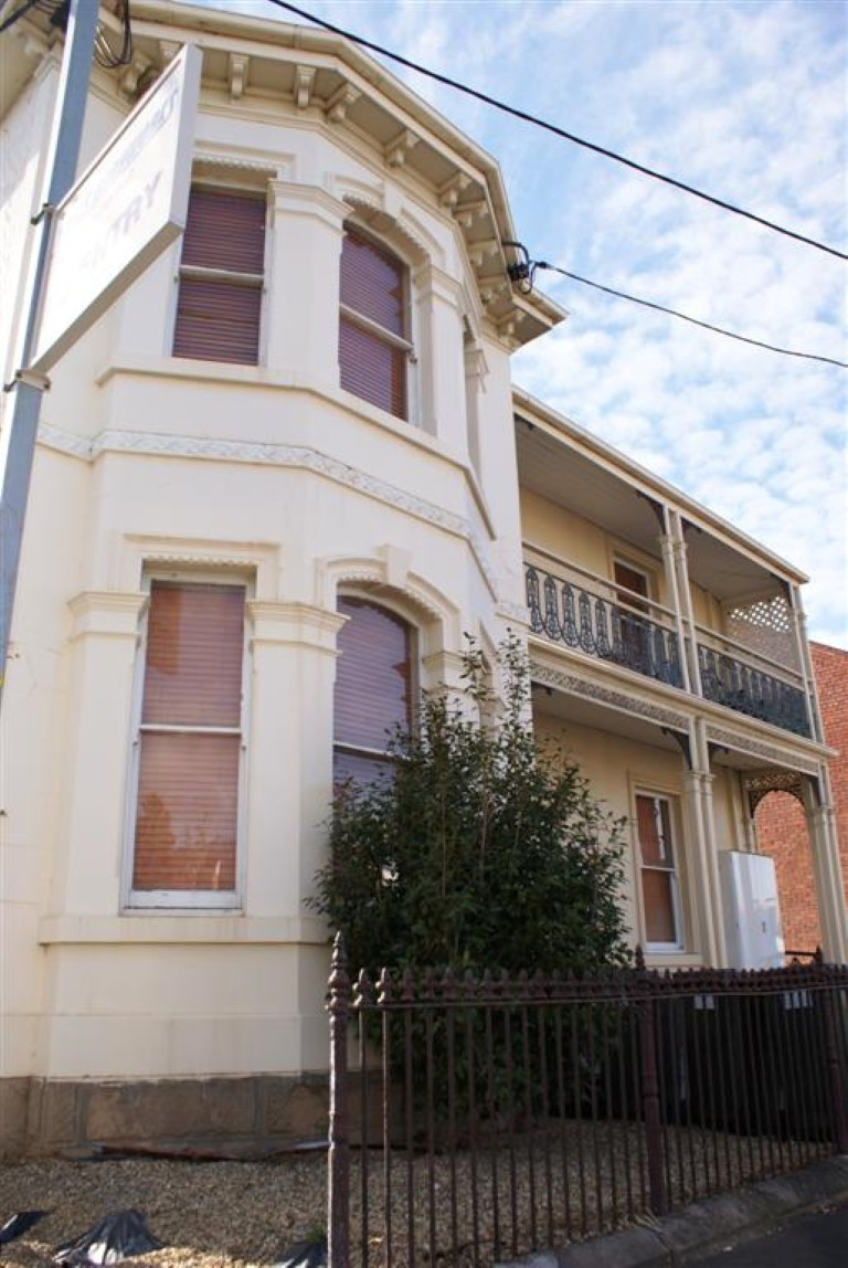 6/165 Campbell Street
