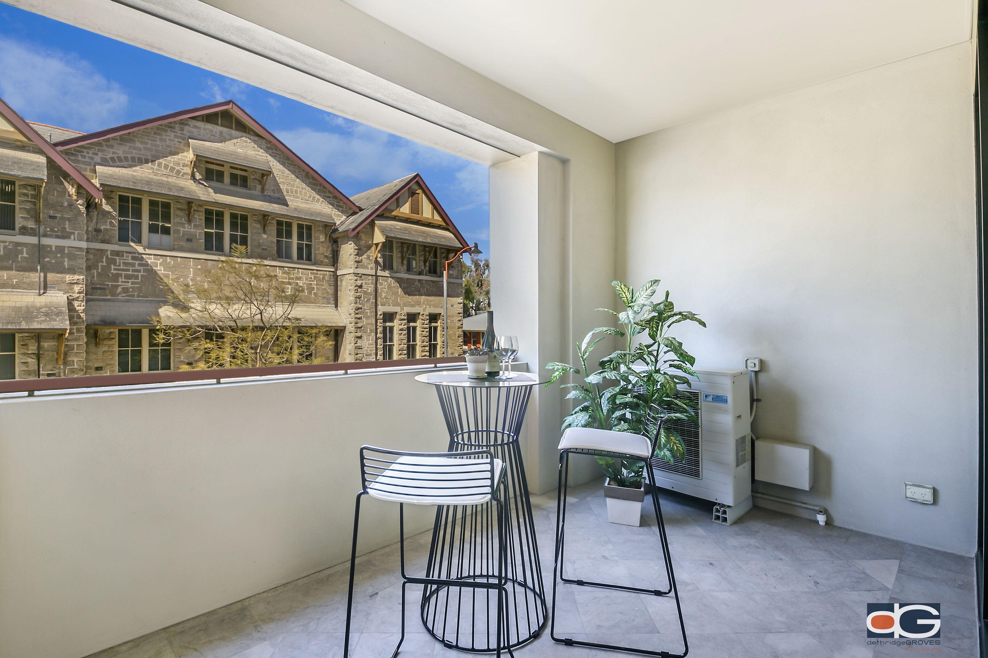 2/74 Cantonment Street, Fremantle