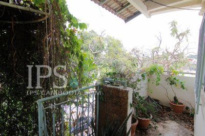 Tonle Bassac, Phnom Penh | Villa for sale in Chamkarmon Tonle Bassac img 1