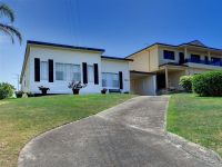 24 Pacific Drive Fingal Bay, Nsw
