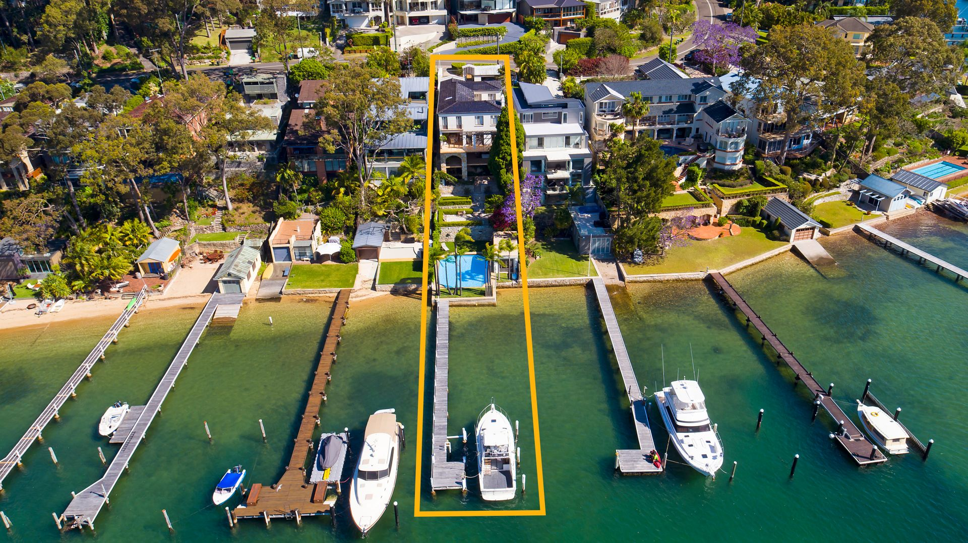 Additional photo for property listing at 'La Dolce Vita' - Mediterranean-inspired waterfront 98 Prince Alfred Parade Newport, New South Wales,2106 Australien