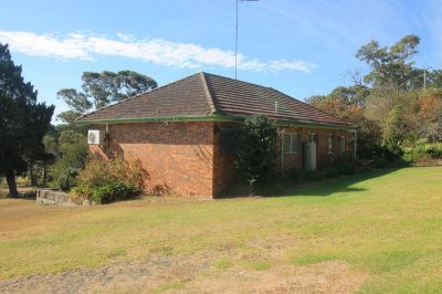 superb opportunity for those searching for entry-level acreage. charming block with outstanding views plus 3 bedroom single level home.