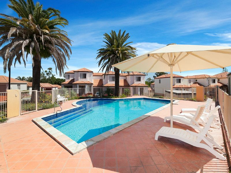 FANTASTIC COMPLEX WITH TWO POOLS AND A TENNIS COURT.