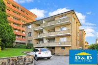 Bright 2 Bedroom Unit in Parramatta CBD. Freshly Painted Throughout. Lock Up Garage. Fantastic Central Location.