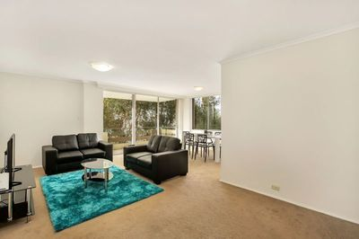 Extra Large Three Bedroom Apartment in Ultra-Convenient Location