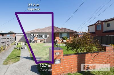 Springvale Central, Big Block, Classic Family Home