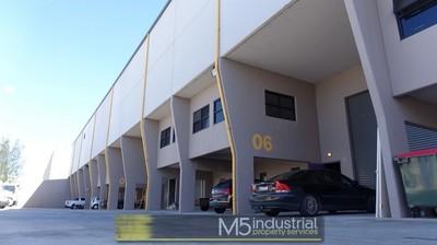 178sqm - Modern Office / Warehouse