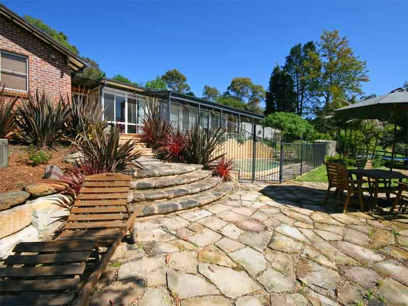 OPEN HOME CANCELLED. Living to accommodate 2 families  Two adjoining homes situated on pretty acreage  just minutes to Kenthurst shops and schools.
