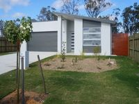 MODERN 4 BEDROOM FAMILY HOME