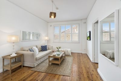 Spacious Art Deco Elegance With Sunlit Interiors In Quiet Enclave Close to Hall Street Village & Beach