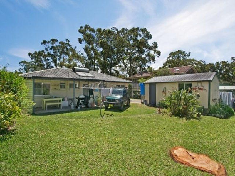 11 John Parade, Lemon Tree Passage