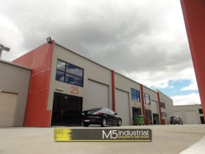 141 SQM - Modern Warehouse + Office