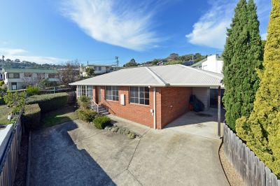 2/36 Kenton Road, Geilston Bay
