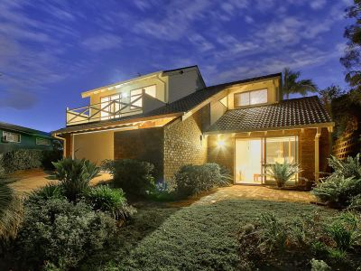 Private & Tranquil Ridgetop Retreat on 655sqm