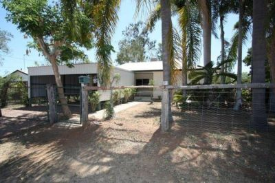 11 King St, Charters Towers