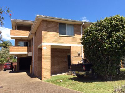 2 BEDROOM APARTMENT WITHIN WALKING DISTANCE TO CRONULLA