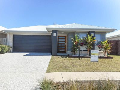 Near New Family Home With Ducted Air Con - SORRY I'M RENTED!