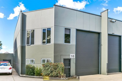AUCTION - Industrial Strata Unit - Moments from the M5 !