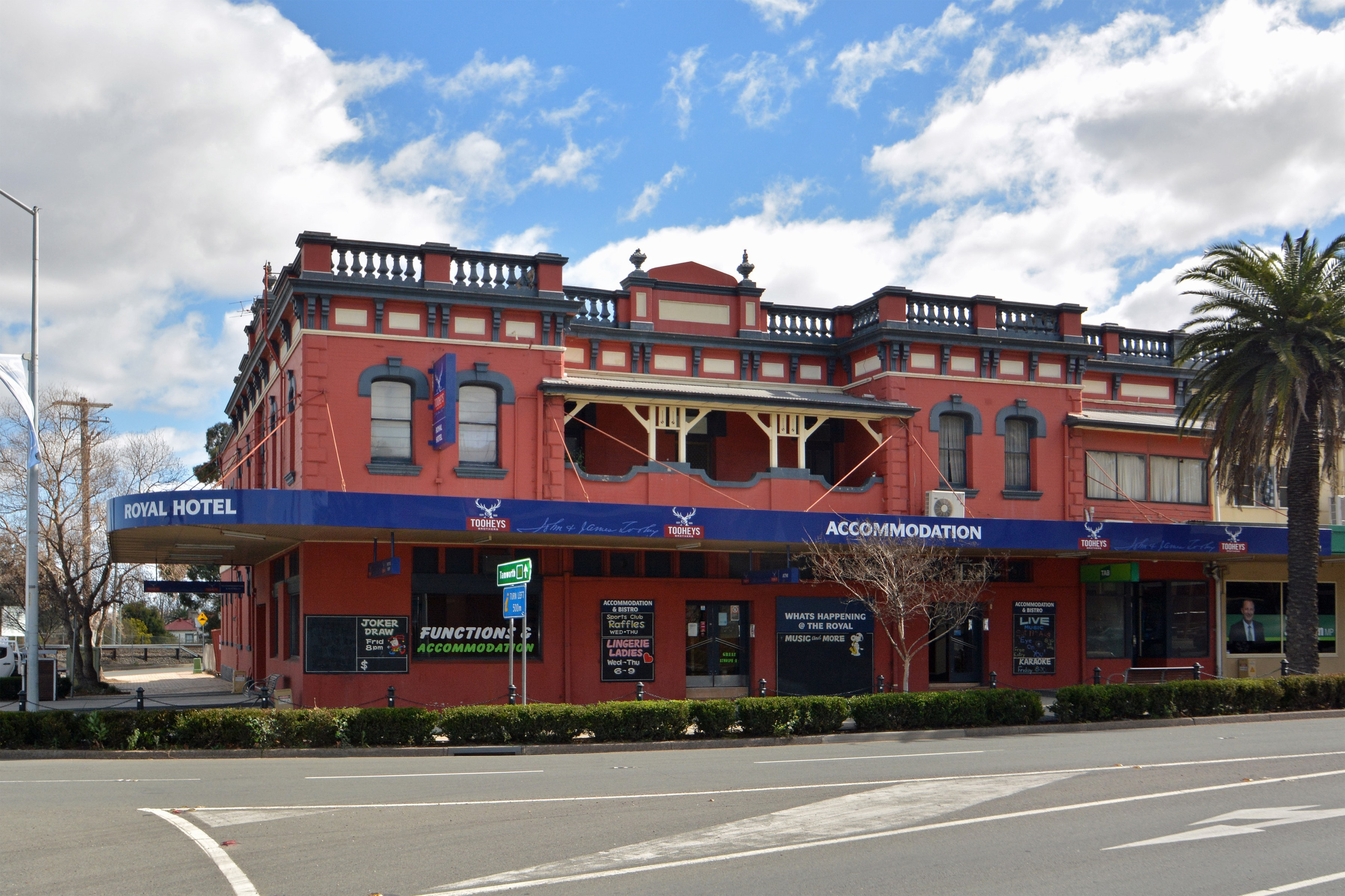 HOTEL FOR SALE - Royal Hotel, Muswellbrook