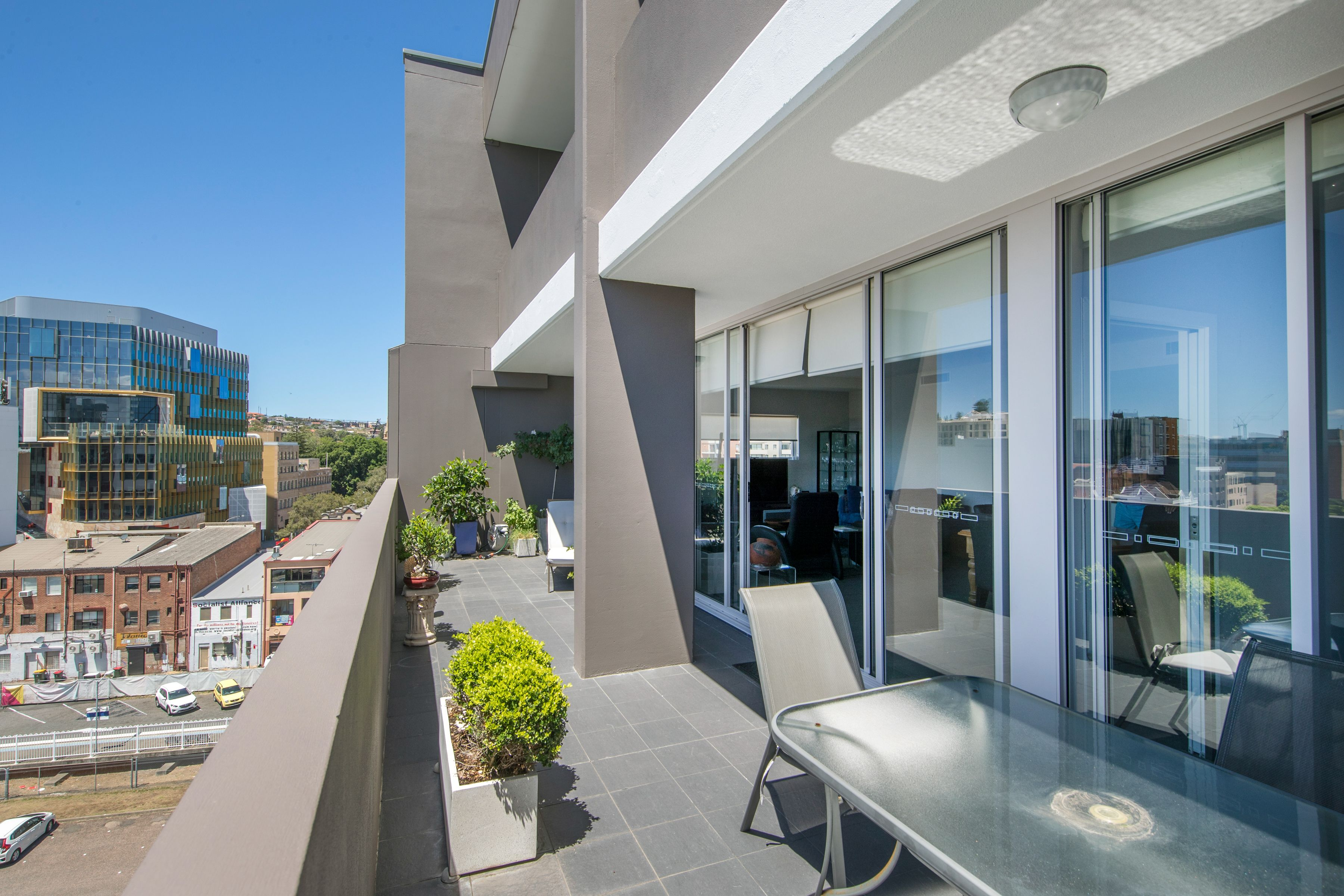 602/14 Honeysuckle Drive, Newcastle