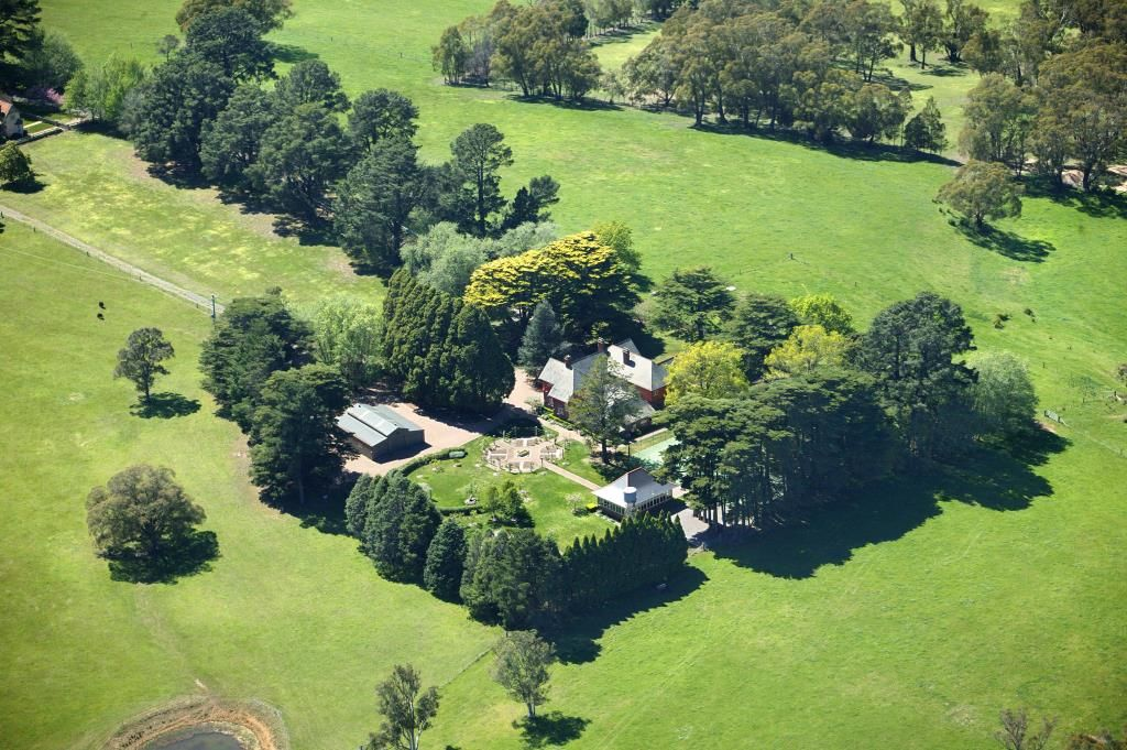 Additional photo for property listing at **PRICED TO SELL** Highfield - An historic English style country estate  Sutton Forest, New South Wales,2577 Úc