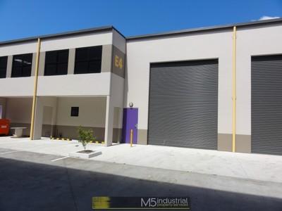 137sqm - Near NEW Industrial Unit