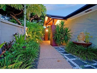 RESORT STYLE WATERFRONT - 4 BED PLUS OFFICE