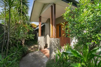 Private Entertainer with Rainforest Surrounds