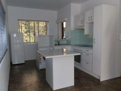 Sleek & Stylish fully renovated unit in the heart of North Sydney!