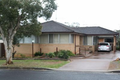 3 bedroom close to Narellan town centre