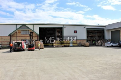 1,715sqm - Fully Racked for 1,400 Pallets approx