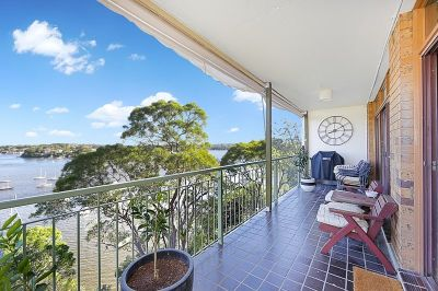PANORAMIC VIEWS IN A FANTASTIC LOCATION