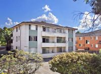 Spacious 2 Bedroom Unit. Sunny Balcony. Large bedrooms Close to Parramatta CBD & Transport.