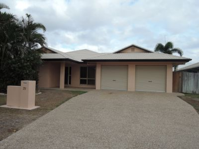 IDEAL FAMILY HOME IN FANTASTIC LOCATION