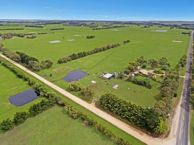 Rural Lifestyle / Productive Farm. 21.3 Ha ( 52.6 acres approx.)