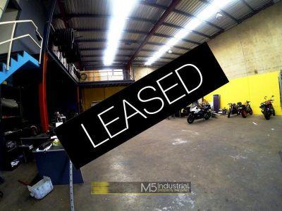326sqm - Warehouse + 70sqm Heavy Duty Mezz (VIDEO ATTACHED)
