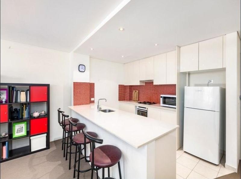 Stylish 1 Bedroom apartment in cosmopolitan Inner West precinct