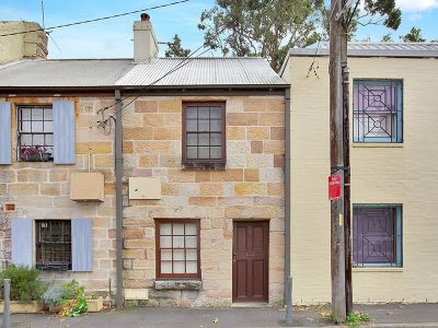 UNIQUE TWO BEDROOM SANDSTONE COTTAGE IN THE HEART OF PADDINGTON