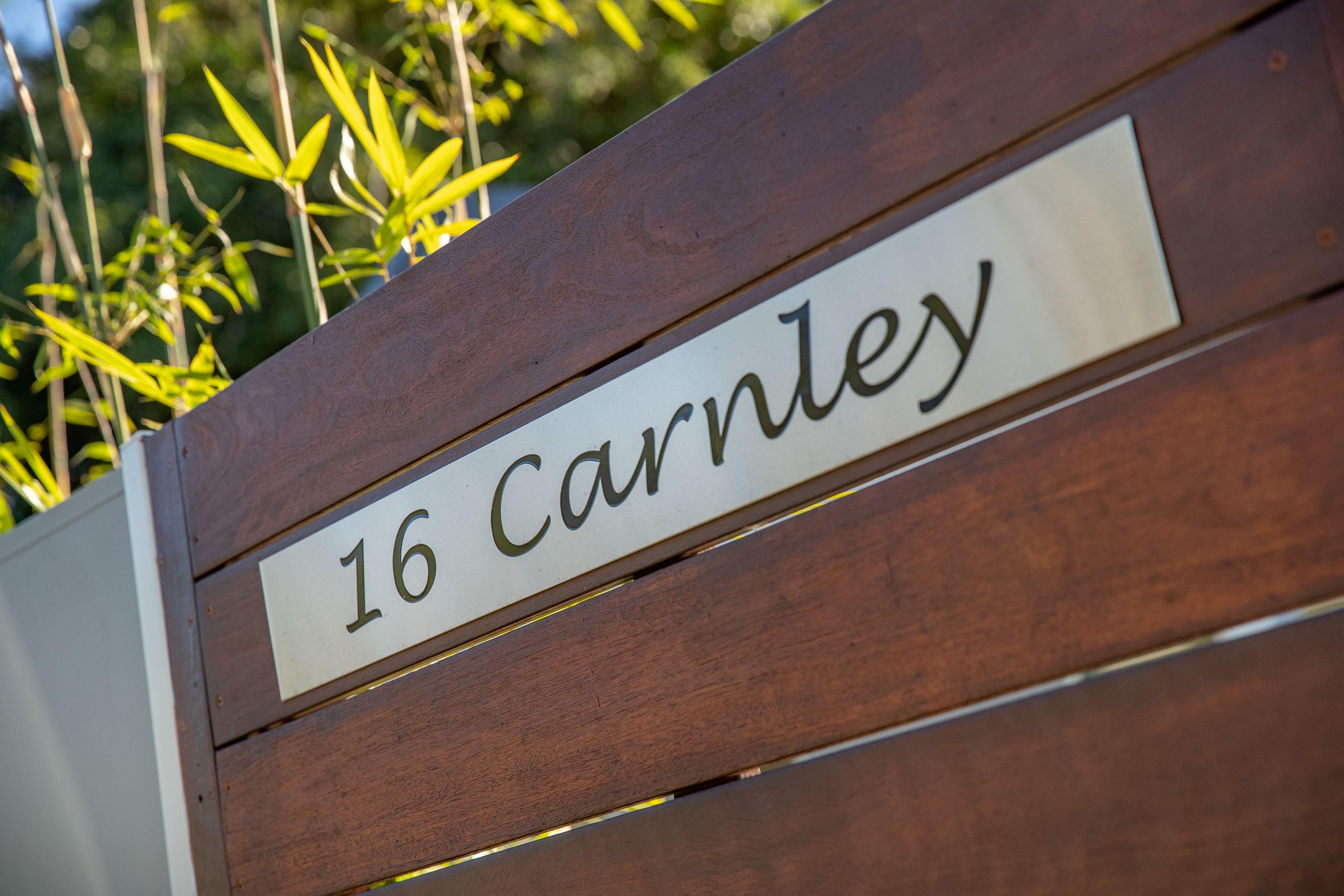 16 Carnley Avenue, New Lambton