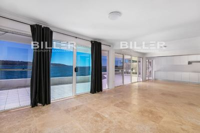 Absolute Waterfront living - Huge Wrap around Terrace with Breathtaking views