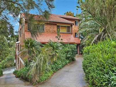 2/48 Nesca Parade, THE HILL