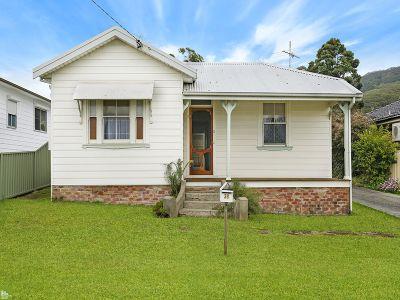 Beautiful land parcel plus 1930's home