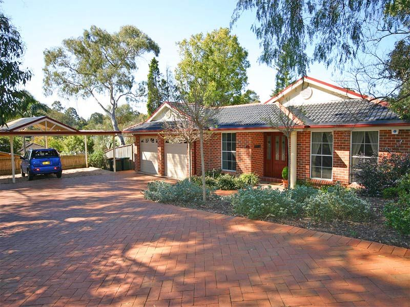 Don't delay! A most stylish and elegant lifestyle property. Single level with 5 bedrooms plus study, beautifully appointed throughout.