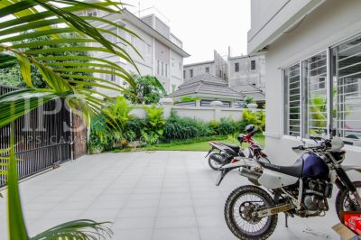 Nirouth, Phnom Penh | House for rent in Chbar Ampov Nirouth img 1