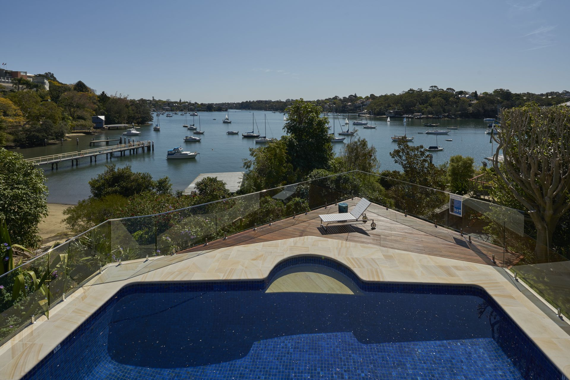 Additional photo for property listing at Secluded waterfront reserve luxury 6 Collingwood Street  New South Wales,2110 Αυστραλια
