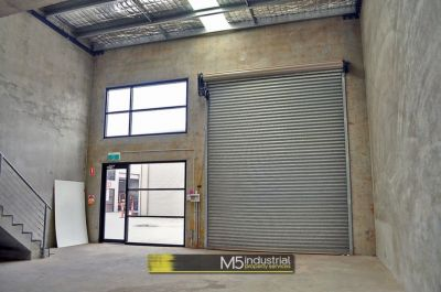 134 SQM - MODERN WAREHOUSE AND OFFICE