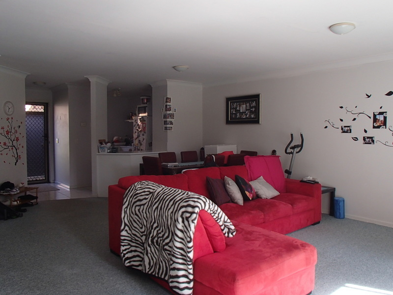 Great Investment just minutes from surfers.........