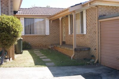 10/221 Oxford Road, Ingleburn, NSW