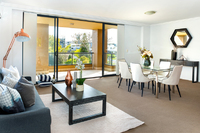LARGE & PRIVATE 3 BEDROOM APARTMENT, RESORT STYLE LIVING MINUTES FROM SYDNEY CBD